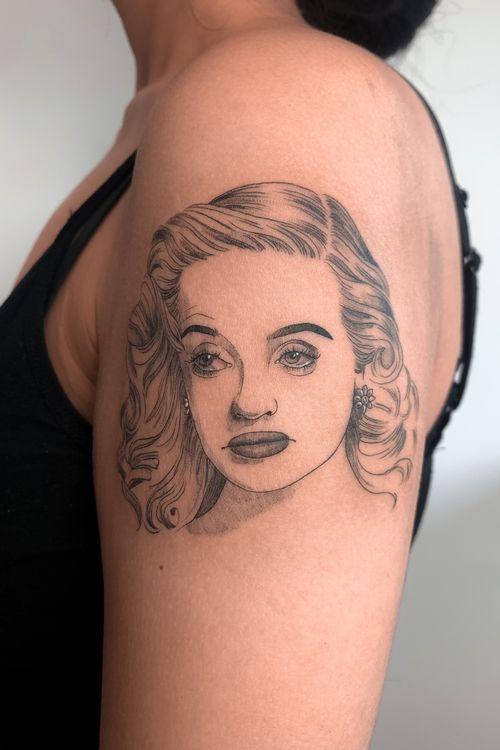 Bette Davis #tattoo #fineline #blackwork #inkedgirls #tatts #tattoobarcelona