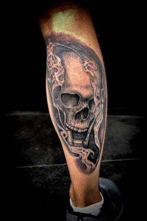 #skulltattoo#in#tattoo#tattoos#wien#tattoostudio#painandpleasure#ink#inked#tattoo#