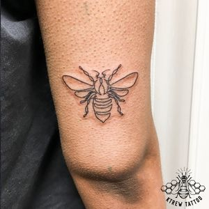 Single Line Bee Tattoo by Kirstie Trew • KTREW Tattoo • Birmingham, UK 🇬🇧 #beetattoo #singlelinetattoo #linework #fineline #birminghamuk