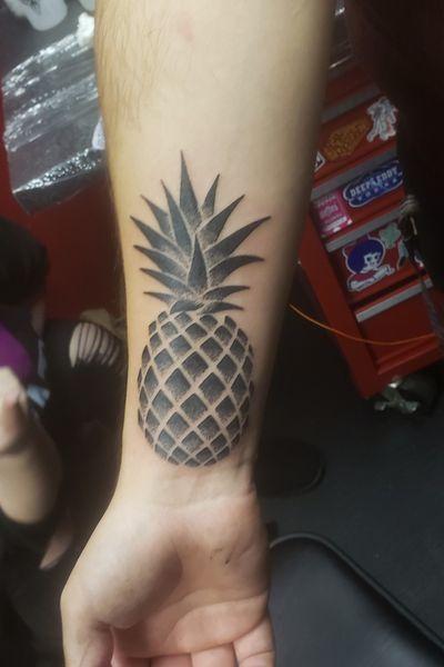 I got my first tattoo done on November 19, 2019. I thank Hunter at idle hands in Glenn Burnie. #pineapple #pineappletattoo #pinestipple #idlehandstattoo