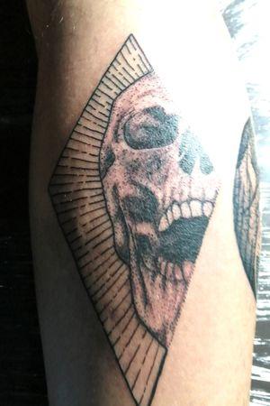Skull dotwork💀