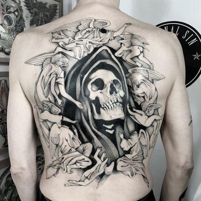 #totemica #tunguska #black #death #angel #grimreaper #backpiece #tattoo #originalsintattooshop #verona #italy #blackclaw #blacktattooart #tattoolifemagazine #tattoodo