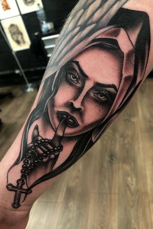 Another solid tattoo thanks Darragh 🕺🏼 #nun #nuntattoo #traditionaltattoo #tradtatts #tradtattooing #boldtattoo #boldtattoos #bngtattoo #bngtattoos #blackandgreytattoos #dublin #dublintattoo #dublintattooartist #dublintattoostudio