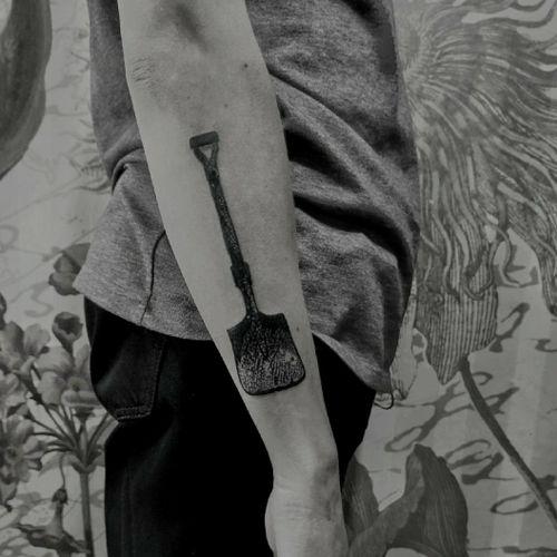 #tattoo #tattooart #tattooartist #tattoos #tattospb #tattoodotwork #tattoblack #tattooblackandgrey #tattoopins #tattoopiter #tattooblackwork #tattooange #blackandgrey #blacktatoo #blackworktattoo #dotworktattoo