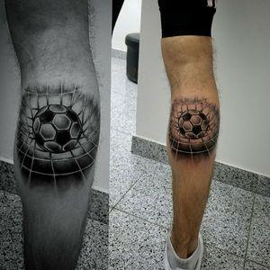 #futboltattoo #balltattoo #tattooartistmagazine #tattooartist #ideatattoo #tattooart #tattoo #tatoo #tato #tatu #tatouages #tatouage #tatuaje #tatuagem