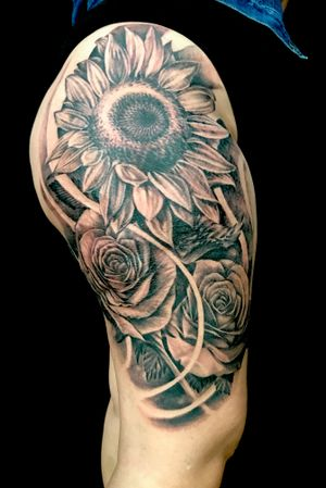 Recent thigh tattoo I did @artifextattooco