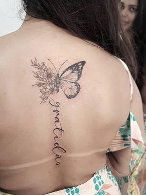 #sun #sunflower #sunflowertattoo #RoseTattoo #butterflytattoo #butterfly #womantattoo #tatuagemfeminina #tatuagemdelicada #suicidegirl #gratitude