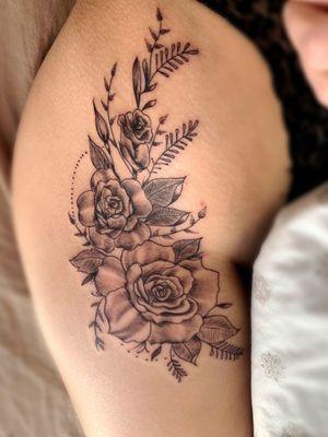 Tattoo#hiptattoos #womenwithtattoos #inkedgirl #inkedmagazine #tattooartist #Nenad#Tattoodo