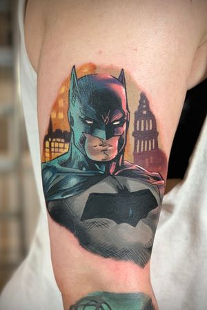 #dccomics #comictattoo #batman #batmantattoo #colourtattoo #colour #geektattoo #nerdtattoo #gothamtattoo