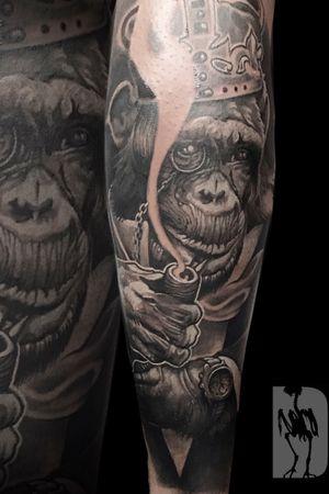 Gentleman chimp