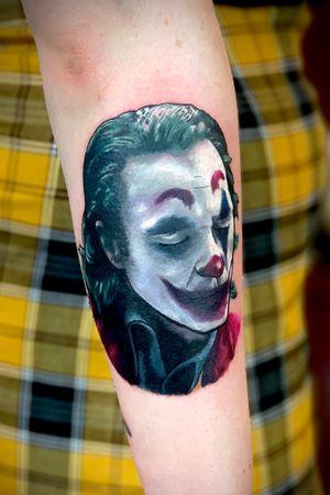 #joker #jokertattoo #colourtattoo #colour #joaquinphoenix #colourportrait #colourrealism #portraittattoo #dccomics #comictattoo