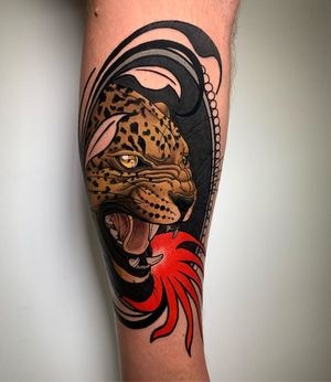 Neo-Traditional tattoo by Solemn Tattoo of Loveless Tattoo in Montreal #SolemnTattoo #LovelessTattoo #neotraditional #neotraditionaltattoo #color #artnouveau #artdeco #montreal #canada #leopard