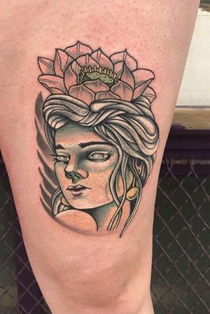 Neo traditional lady head