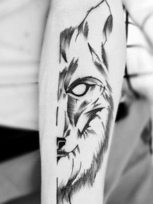 Essa foi a foto da minha primeira tattoo, há pouco mais de 1 ano, na pessoa que eu mais amo e admiro nesse mundo, meu esposo ! 💕