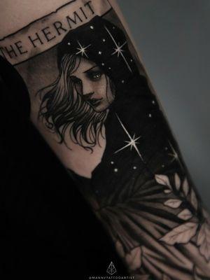 #TarotTattoo #TheHermit #HermitTattoo #OriginaIArt #customtattoo #tattooartistfromCT #tattoofromhell #customtattoo #darkart #artist #tattooartistfromCT #tatuajesenCt #MannyTattooArtist #ManuelCruzTattooArtist #blackandgraytattoo #blackworktattoo #art #artistinCT #artist #darkarts #blackarktattoo #ArtFromHell #femaleHermit #femaleHermittattoo #tarotcards #tarottattoo #tarotcardstattoo #girlwithtattoos #girltattoos