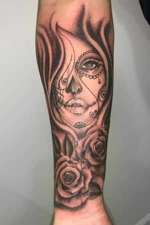 Custom day of the dead girl with roses done a few weeks ago.