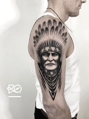 By RO. Robert Pavez • R O O T S - American Indian • Done in @blacktatuering • 🇸🇪 2019   #engraving #dotwork #etching #dot #linework #geometric #ro #blackwork #blackworktattoo #blackandgrey #black #tattoo #fineline