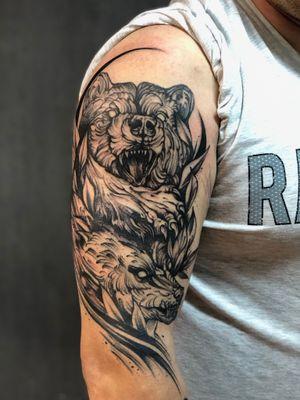 #graphictattoo #bear #wolf