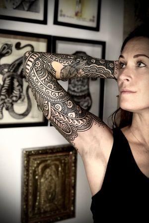 Ornamental full sleeve