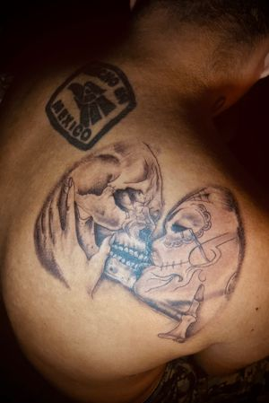 #sugarskull #girl #girlface #skull #dead #love #death #girlkissingskull #kiss #eternal #blackandgrey #tattoo girl kissing skull dia de los muertos beyond death dead women man love