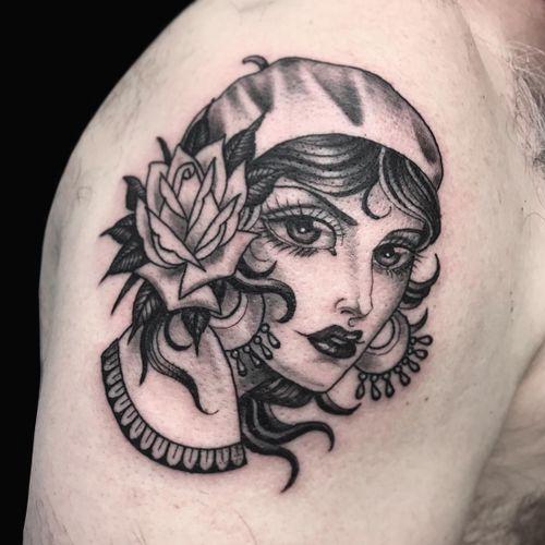 Black and grey lady head