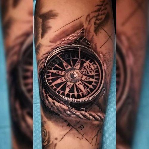 #compass #compasstattoo #rope #blackandgrey
