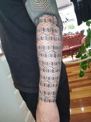 Swirlywanxsinatra@gmail.com #tattoo #blackandgrey #mandala #dotwork #oakandirontattoo #brisbane #brisbanetattoo #blackworktattoo #blackwork #geometrictattoo #geometric #sydneytattoo #sydney #australiantattoo #ritalinpower #brisbaneartist #btattooing #brisbanetattooartist