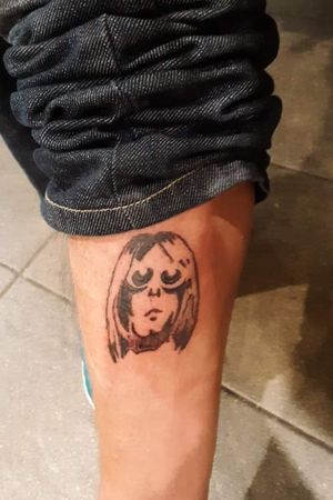 Cobain silhouette.