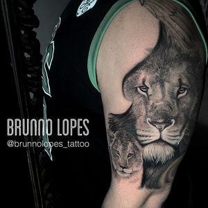 Tattoo in progress TATUADOR : @brunnolopes_tattoo ENDEREÇO SANCTTUM TATTOO COMPANY QI 27 BLOCO A SALA 227 - (ao lado da QUALIFORMANCE LOJA DE SUPLEMENTOS ). EDIFÍCIO GUARA SHOPPING - GUARÁ 2 - BRASÍLIA /DF (Prédio do Girafas) 📱(61) 999800046 (WhatsApp) Horário de atendimento Seg- sex : das 14 às 20 horas Aos sábado das 10 às 16 horas #tattoo #tatuagem #brasilia #brasil #napraia #tevejonapraia #praia #verao #sol #cadaumcomseutalento #vivacomatitude #miami #miamiink #florida #floridatattoo #floridatattooartist #pompanobeach #pompano #pompanotattoo #orlando #orlandoflorida #orlandotattoo