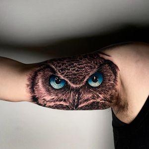 Owl done by Kyle DeVries. Follow my Instagram: @kyledevriesink.