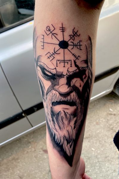 #odin #vikingo #vikings #pagano #pagan #rune #nordico #nordic #mitologia