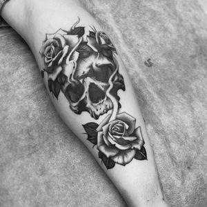 #skull #rose #roses #blackandgray #calftattoo #legtattoo