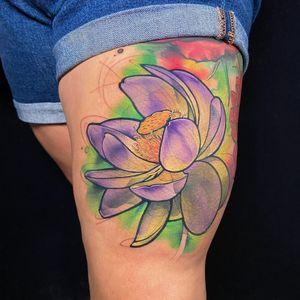 Lotus on thigh #lotusflower #lotustattoo #flowertattoo #watercolortattoos #watercolortattoo #colortattoo