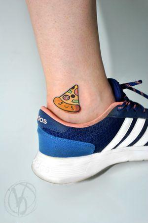 #tattoo #tatt #tattooed #victoriadenske #tattooart #tattooedukraine #kievtattoo #kyivtattoo #ink #inked #tattoodo #wctattoos #bodyart #watercolortattoo #colortattoo #tattoodo #beautiful #instatattoo #linework #inkedup #tattooartist #blacktattoo #sketchtattoo #pizza #cute #fastfood #kawaii