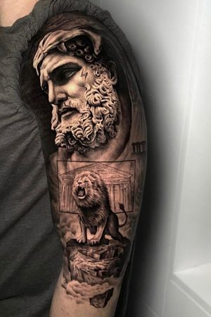 Heracles and Nemea lion for exterior of biceps.