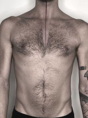 Line tattoo, minimal tattoo, fine line, neck tattoo