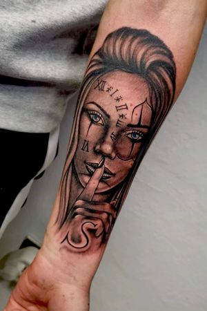 #Tattoo #Girl #BlueEyes #Secret