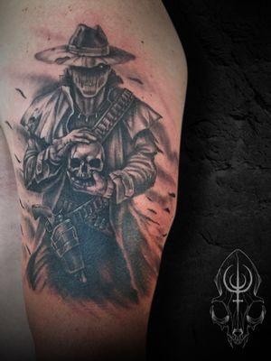 Not my original artwork, black and grey half sleeve