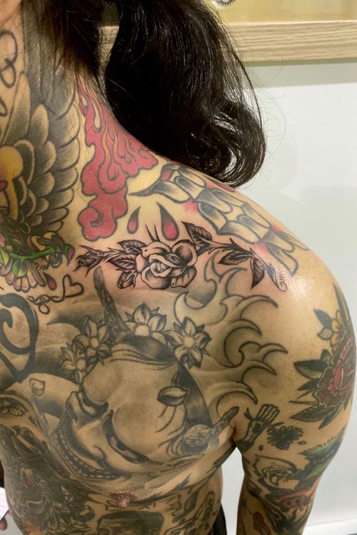 🙏 For bookings run over to @fhctattoo . . . . . . . . . . . . #blacktraditionals #blacktattoo #black #traditionaltattoo #trad #traditionalbangers #tradtattoo #rustictraditionaltattoo #oldlines #oldschooltattoo #melbournetattoo #tattoomelbourne #tattoo #singleneedle #tattooideas #tattoodesign #finelinetattoo