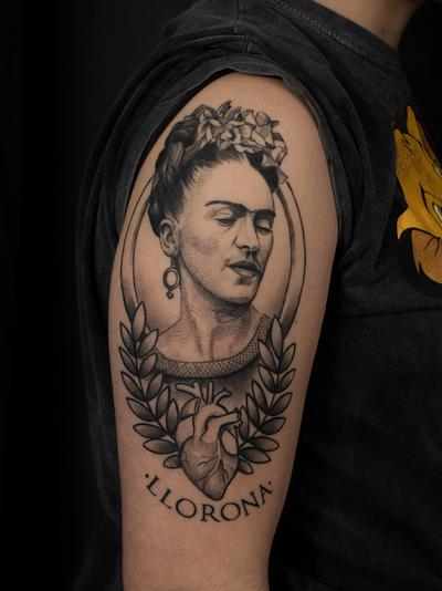 #fridakahlo #portrait #fridakahlotattoo #3rl #blackwork #feminism #heart #anatomicalheart #mixedstyles