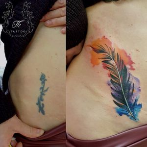 #watercolor cover up #feathertattoo #color #tattoo #tattoogermany #siegentattoo #tatuaje #tatuajebucuresti #bucuresti #bucharest www.tatuajbucuresti.ro