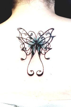 #Schmetterling #frau #rücken #lines #farbe #worldfamousink #cheyenepen #zappa #inked #tattoodo #tattoodoambasador#germantattooer#inkmaster #pro #Schatten #Flügel #inkgirl #inkefwoman #lines #blackandgrey #follower #follow
