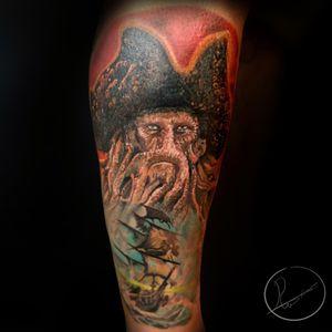 Davy Jones and the flying dutchman, full colour lower leg