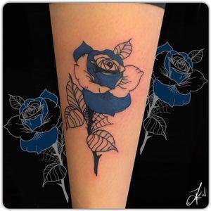 💉 𝚂𝚊𝚖𝚎 𝚋𝚞𝚝 𝚍𝚒𝚏𝚏𝚎𝚛𝚎𝚗𝚝 #Linework#Dotwork#Shading#Instaart#TattooDesigns #Colour #Rose #Cute #Tattoos #Beautiful #Ink #TattooLife #InstaTattoos #TattooArt #LondonTattoos #Inked #TattooedGirls #InkArt #GirlsWithTattoos #Inkstagram #Follow #DailyArt #CheyanneHawk #Flash #InstaGood #Art #Artist #ArtLovers #Tattooist