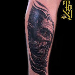 Classic Poseidon #blackandgreytattoo #statue #blackandgrey #realistic