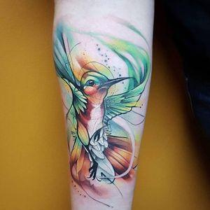 One of my favorite hummingbird tattoos! #watercolortattoo #watercolour #watercolourtattoo #watercolor #watercolortattoos #watercolourtattoos #hummingbirds #hummingbirdtattoo #hummingbird #birdtattoos