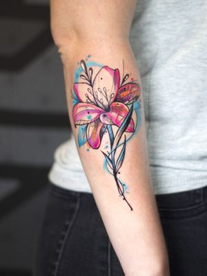 🌺 Lilly flower 🌺. Thanks @maayanshal for the trust and opportunity. Check out more of my work on links below: Instagram/Facebook- @matheuslansky.tattoo Whatsapp- 0538036216 __________________________________________________ #flower #lillyflower #flowertattoo #lillytattoo #colorwork #watercolortattoo #customtattoo #bodyart #art #tattooideas #tattoo2me #inked #sketchtattoo #israeltattoo #telaviv