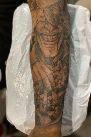 Joker chess tattoo on darker complexion! #jokertattoo #batmantattoo #darkskintattoo #chesstattoo #joker