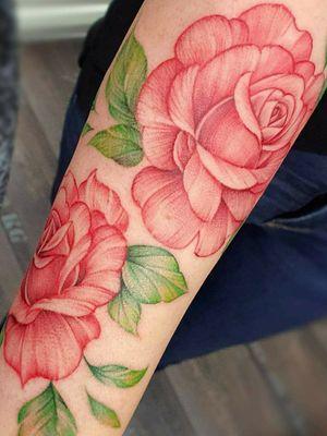 #rose #rosetattoo #flower #flowertattoo #whipshading #floral #floraltattoo #hamburg