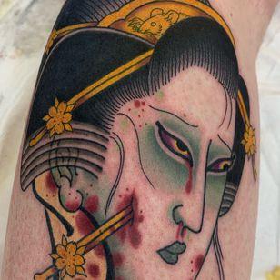 Namakubi back of leg 2.5 hours #geisha #geishatattoo #severedhead #namakubi #ratsgetfat #japanese #japanesetattoo #irezumi #jarradchivers